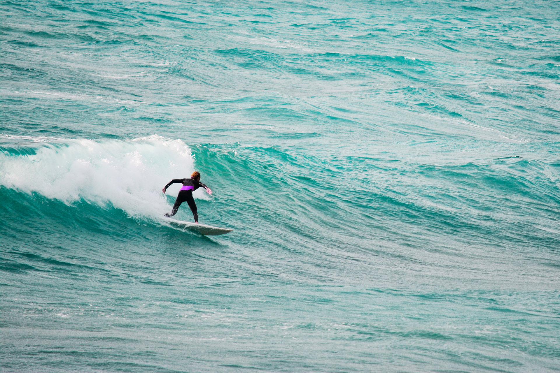 fare surf in sardegna luoghi